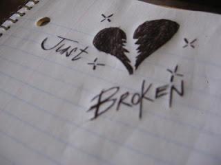 Puisi Ungkapan Patah Hati karena Cinta