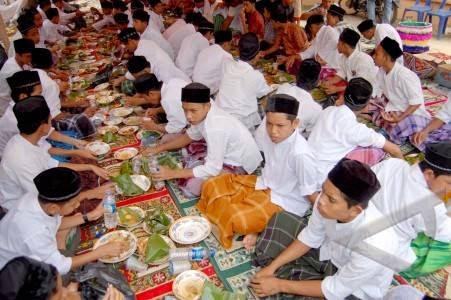 Maulid Nabi Dalam Komentar Para Ulama Salafus Shalih