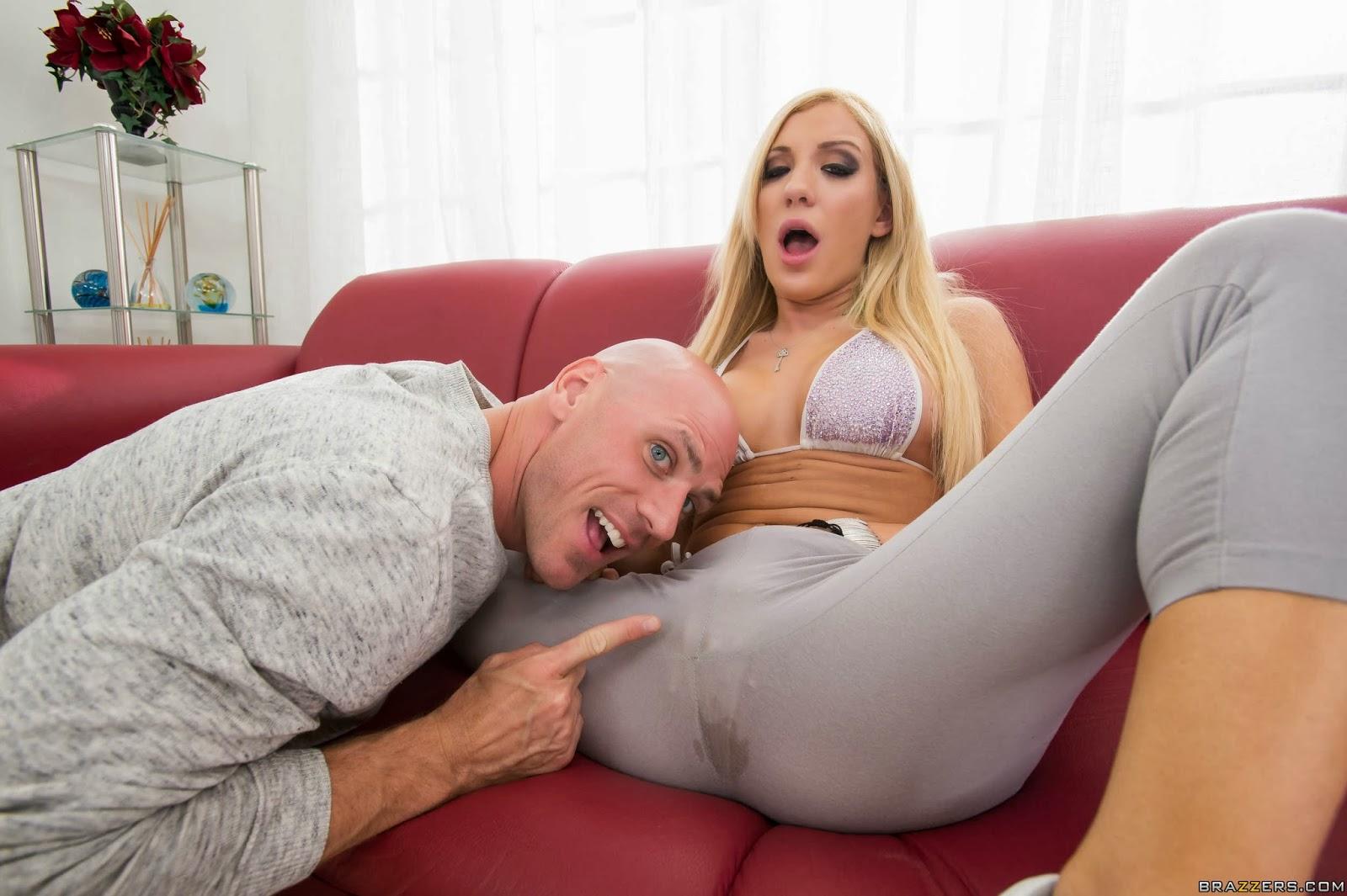 porno-s-blondinkoy-v-losinah