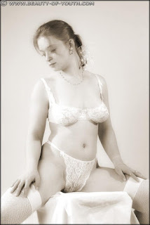 裸体自拍 - rs-yob_lnd_003_Linda_003_011-776537.jpg