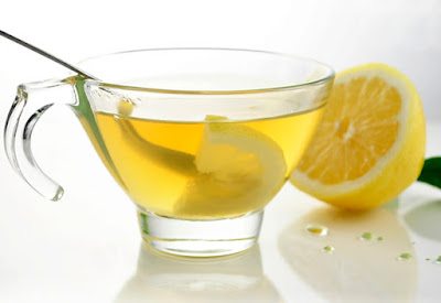 How to Colon Cleanse Using Lemon Water