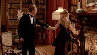 Matthew Crawley can walk again