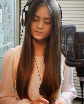 MEET  JASMINE  THOMPSON,  THE  13-YEAR-OLD  NEWEST  SINGING  SENSATION  ON  WEB!
