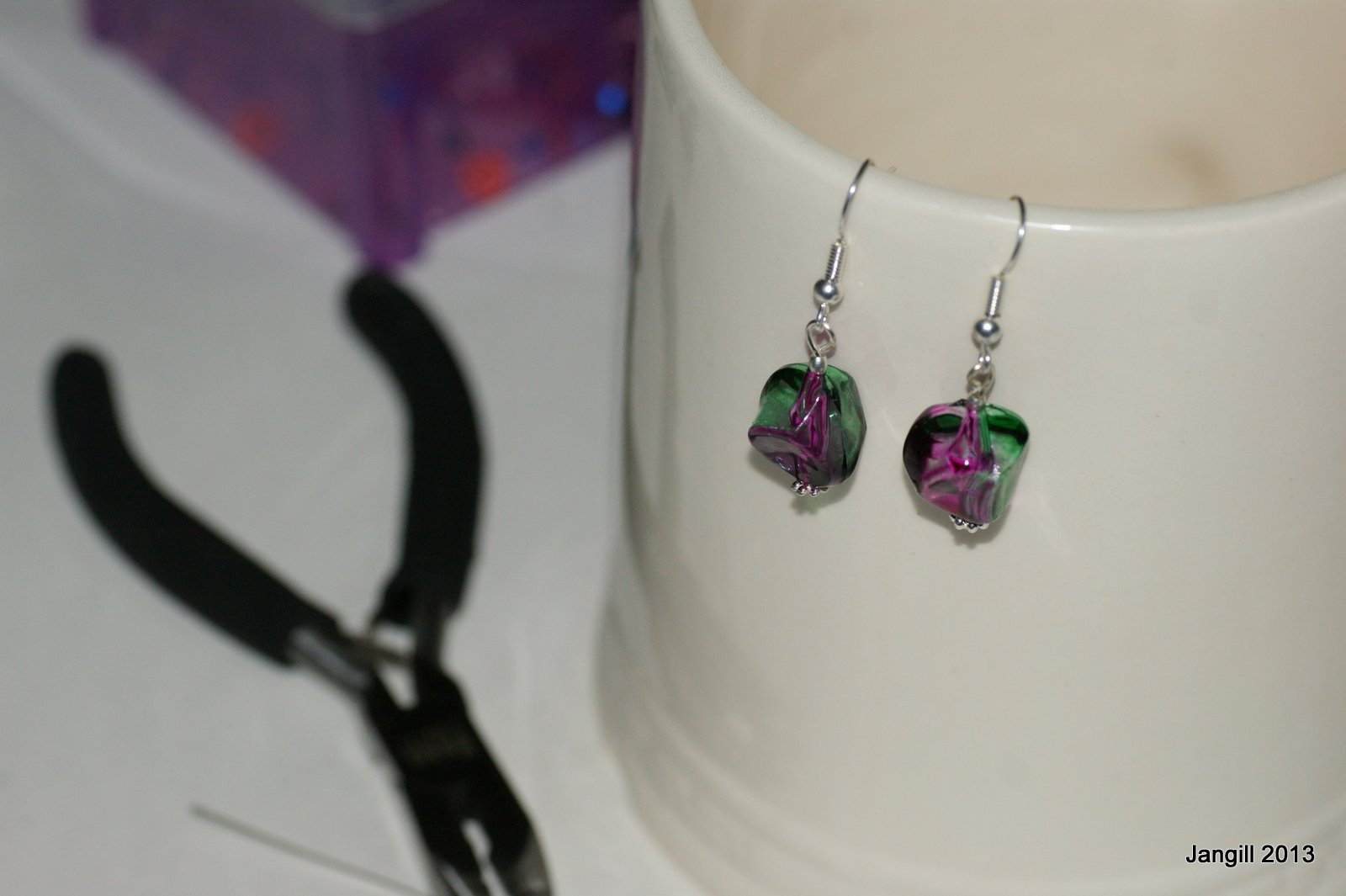 how to make earrings that go up your ear