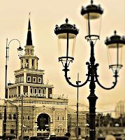 Казанский вокзал. Около-железнодорожное. Фотография железная дорога черно-белая сепия фонарь