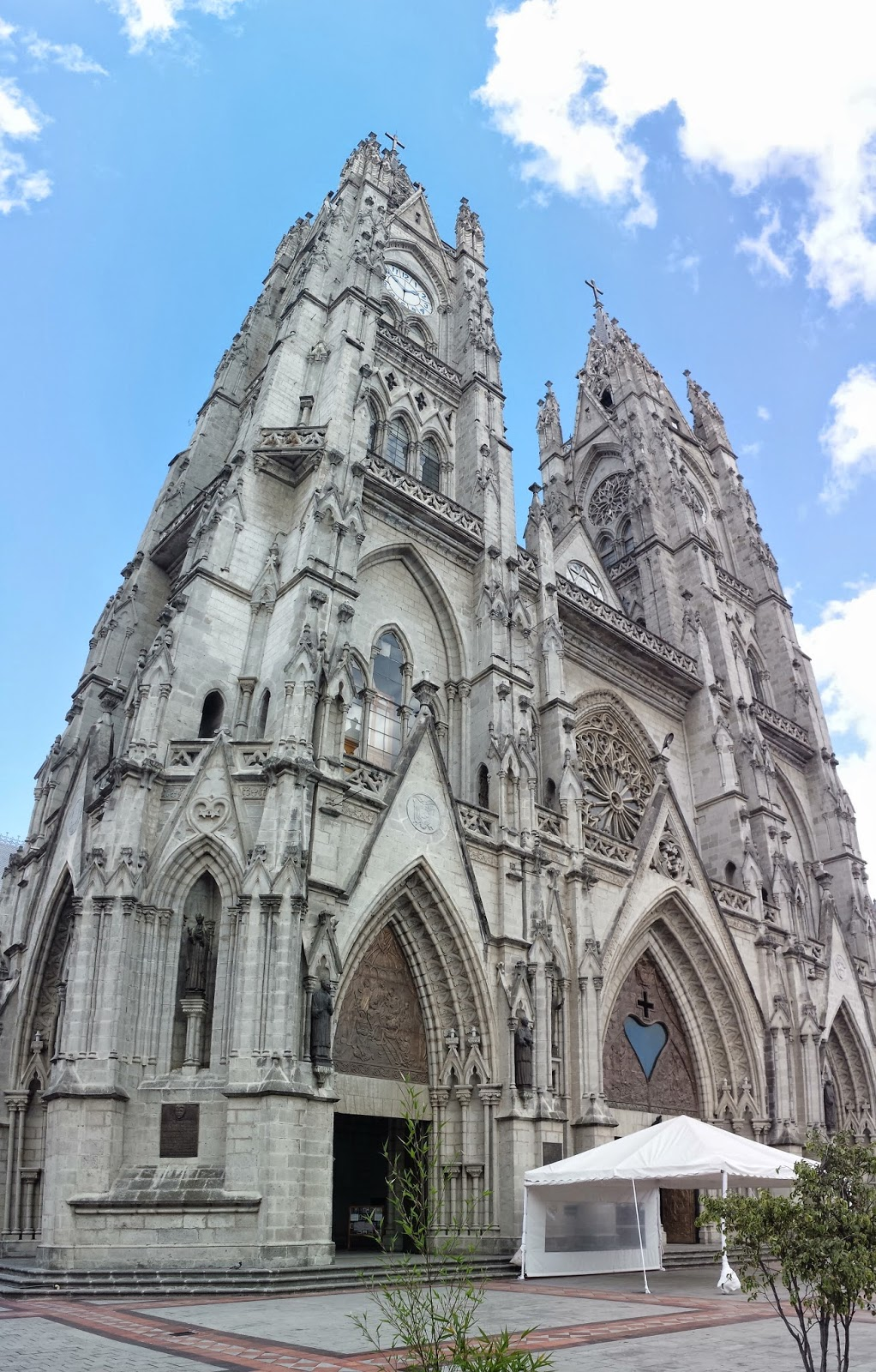 Ecuador, Basílica del Voto Nacional
