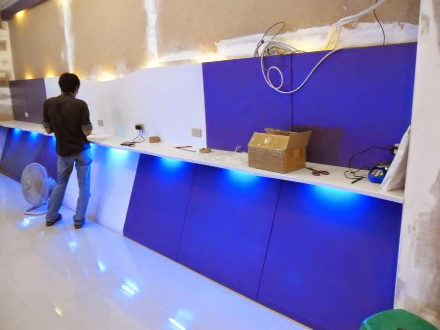 Etalase Hp Android DieCast Game - Furniture Semarang 13
