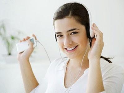 5 Manfaat Mendengarkan Musik bagi Kesehatan