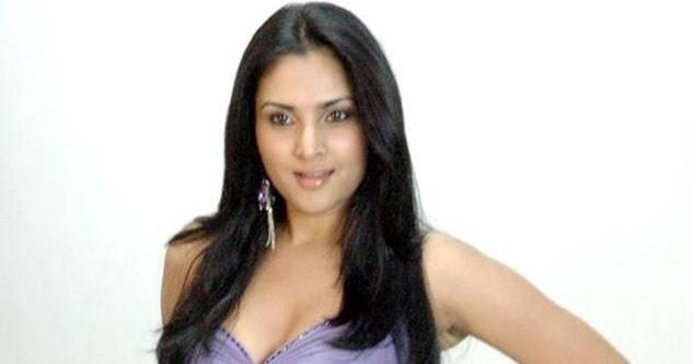 Ramya Divya Spandana Latest Sexy Photos Stills
