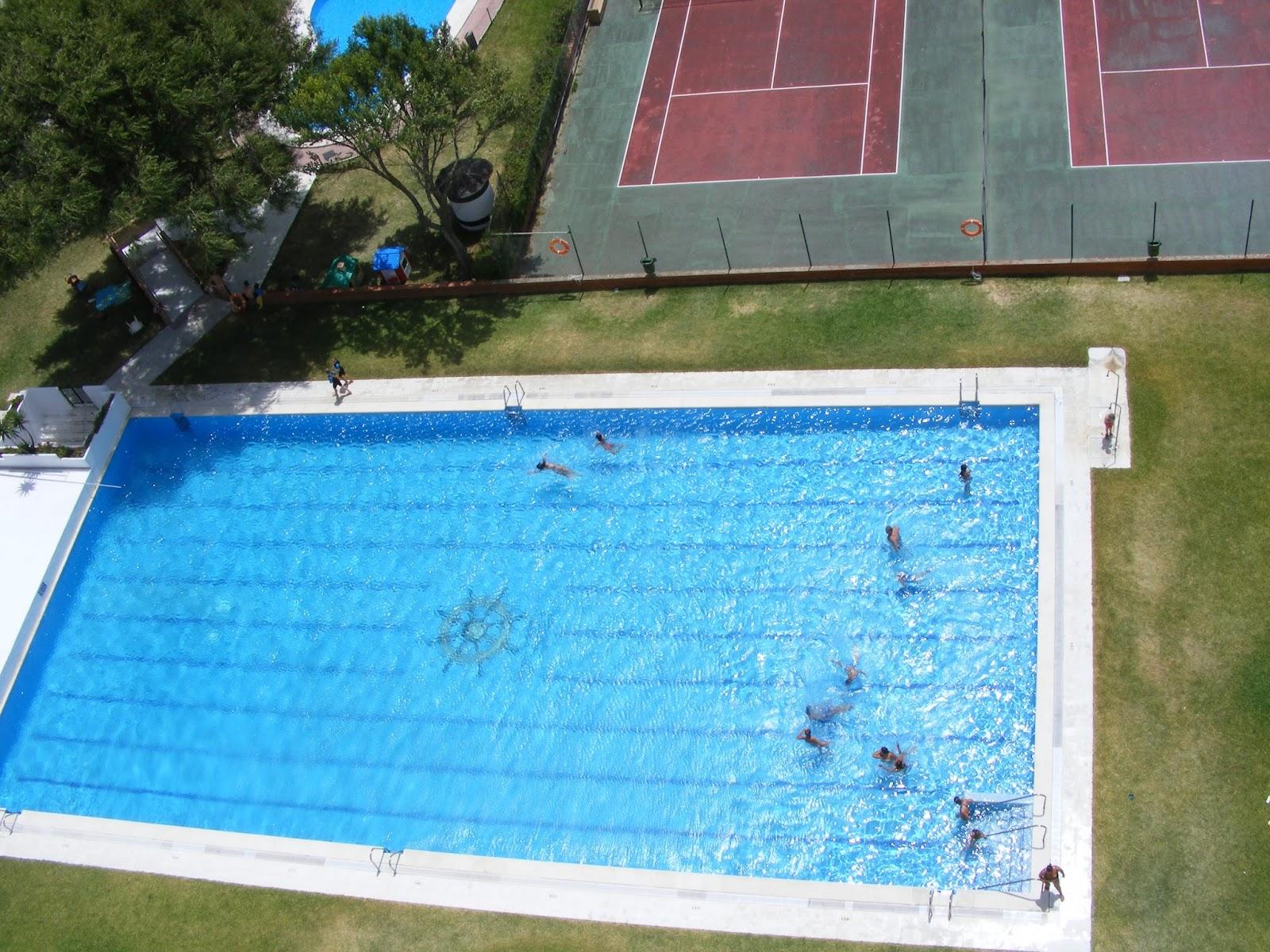 Vistas desde la piscina vacaciones econ micas for Piscinas hinchables economicas