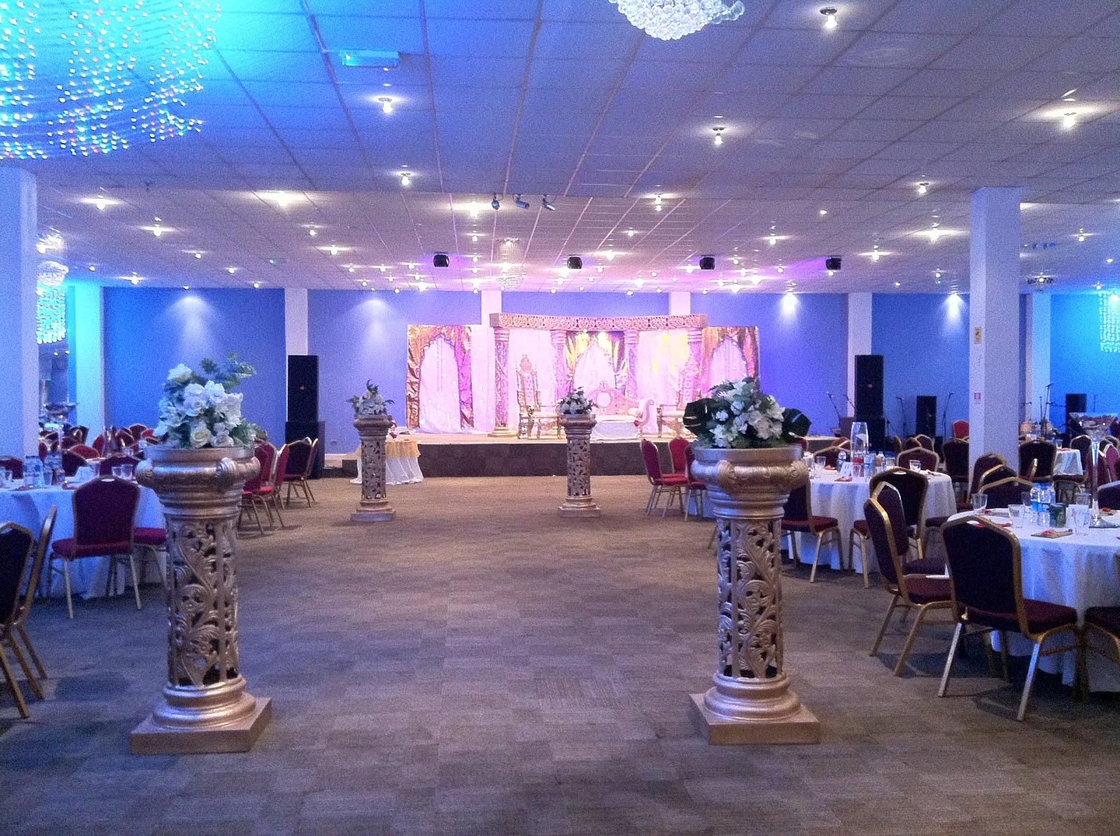 Happy Muslim Mama Gatecrashing Wedding Venues