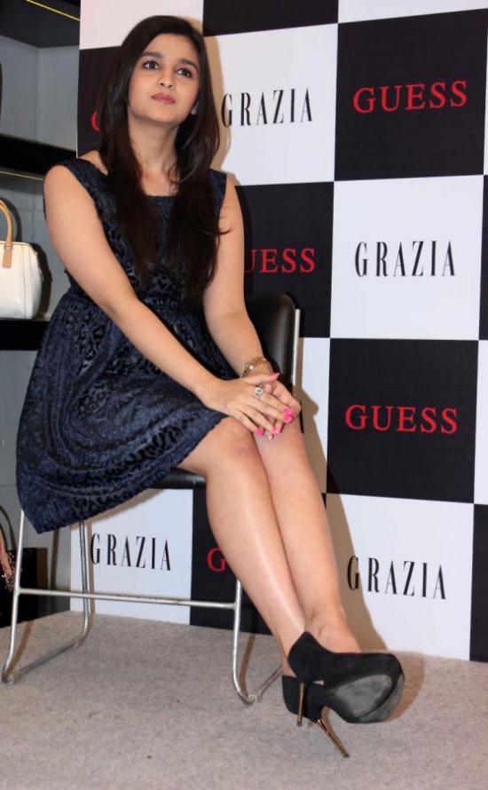 Alia Bhatt Hot & Sexy