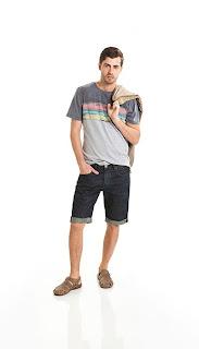 Foto de homem usando sandália masculina de couro FreeWay