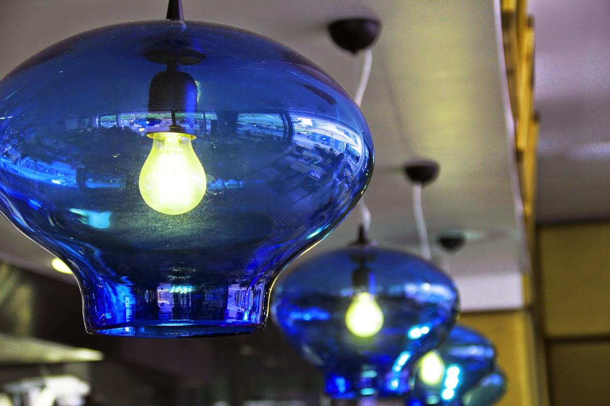 einrichtung bei shan's kitchen shan rahimkhan lampen