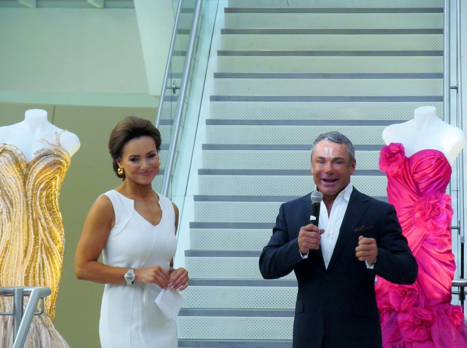 Lisa robertson in wedding dress - Lisa Robertson Qvc And Mark Zunino Designer
