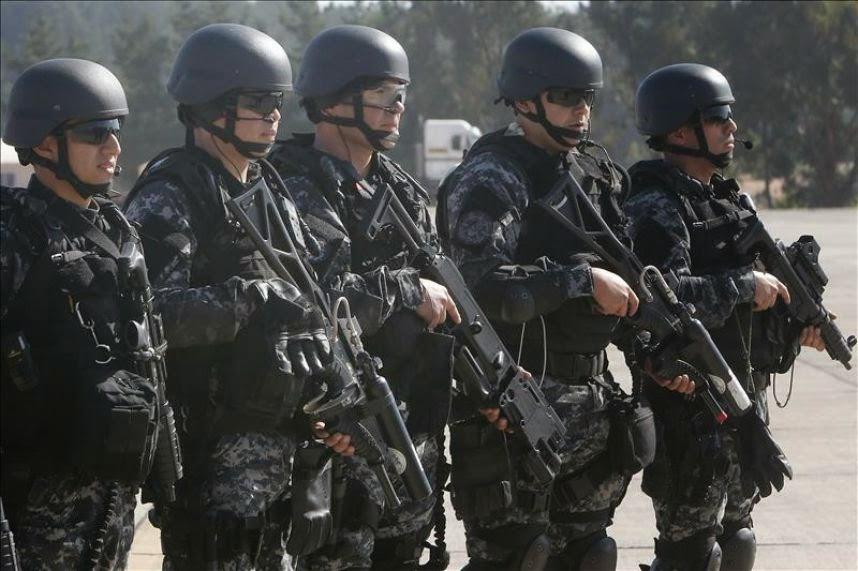 http://www.13.cl/t13/valparaiso/hostac-chile-2014-reune-a-las-armadas-del-continente-para-estandarizar-operativos-de-