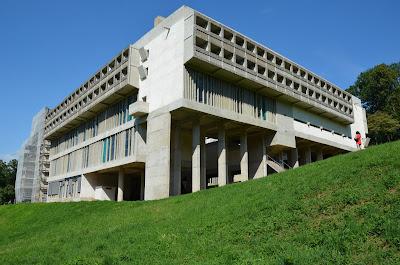 Couvent de la Tourette par Le Corbusier DSC_0221