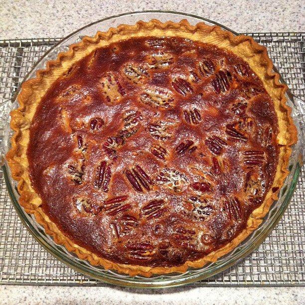 Farmwife's Diary: Sorghum Chocolate Pecan Pie