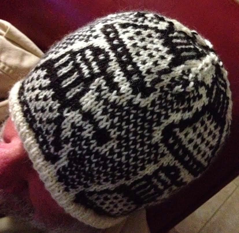 Knitting Pattern For Dalek Hat : Kathleen Taylors Dakota Dreams: Freebie Pattern ...