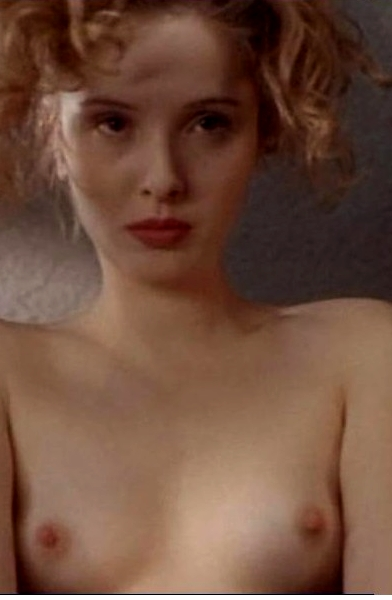 julie-delpy-topless-gif