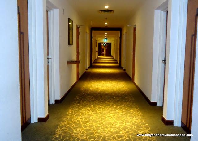 hallway of Ambassador Transit Hotel Singapore