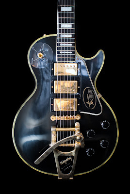 Jimmy Page Black Beauty Custom with Bigsby