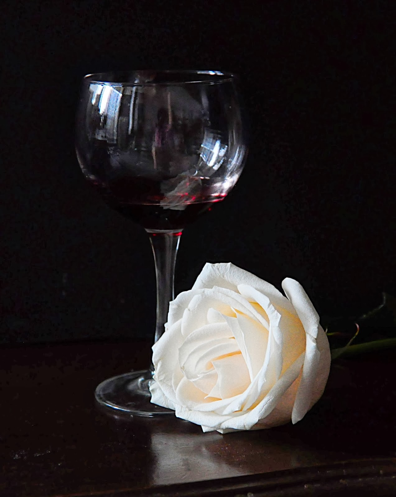 "Photo For ""Challenge - 42 -  ""Wine & Rose""  (Nov 12, '13 - Jan 05,  '14)"