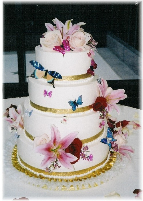 Cake Decorating Wedding Cakes : Wedding Cakes: Top 10 Butterfly Wedding Cake Decorations ...