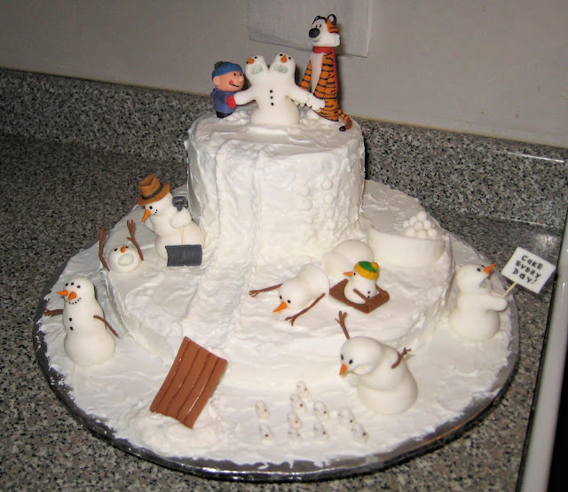 Calvin and Hobbes Snowmen Cake 1