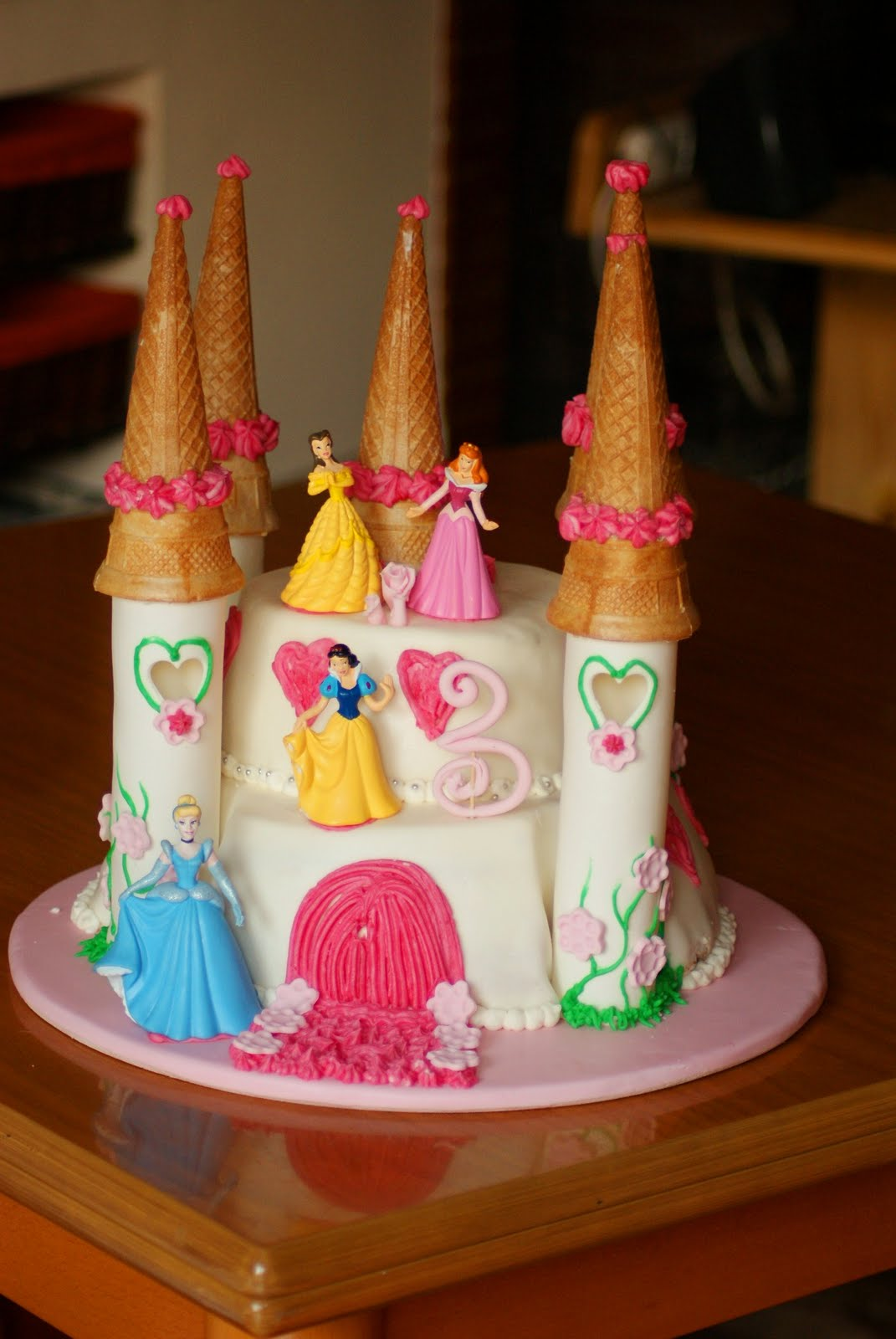 torte di principesse torta principesse : Tutti i colori di CriA: Torta: il castello delle principesse Disney