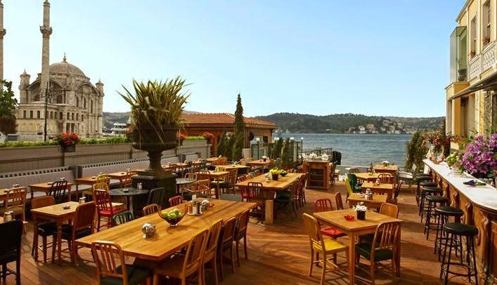 İstanbul'da Bahar Bitmeden Yapılıcaklar Listesi / Ortaköy House Cafe
