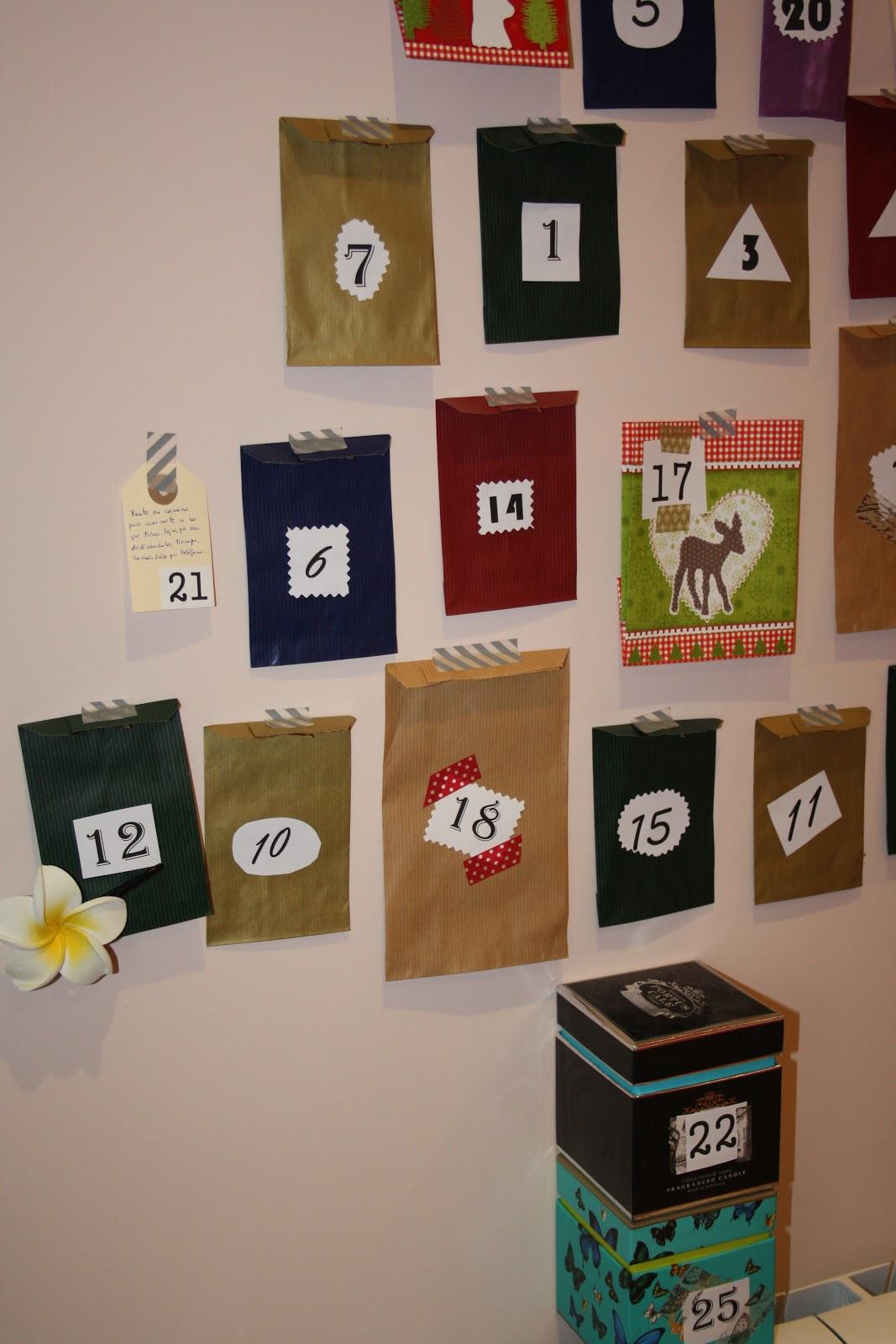 Baldosas de colores calendario de adviento - Colores de baldosas ...