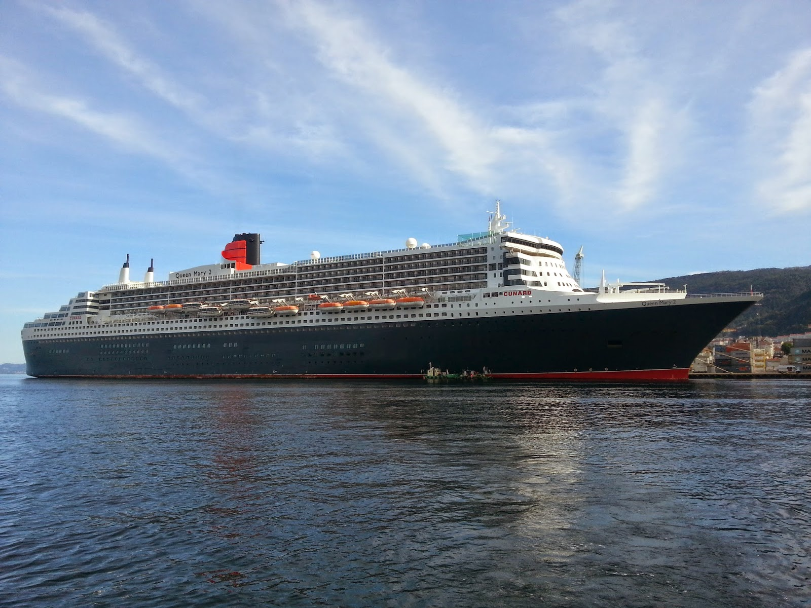 http://shipsinbergen.blogspot.no/2014/08/queen-mary-2.html