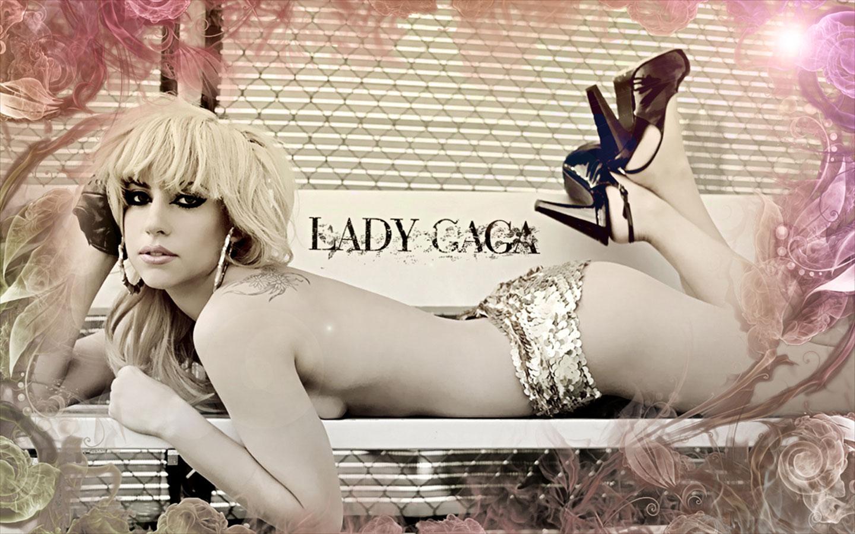 http://1.bp.blogspot.com/-GB5Yn5BzqHw/UIRObY3KgYI/AAAAAAAAFGA/uneA45inP88/s1600/Hot-Lady-Gaga-hot-poker-face-man-twickenham-Wallpapers.jpg