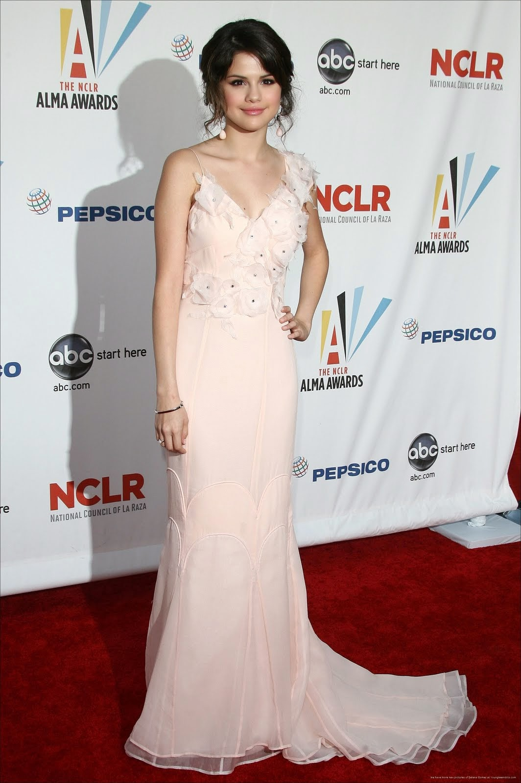 Selena Gomez y sus mejores vestidos de fiesta