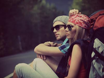 fotos de enamorados pensativos