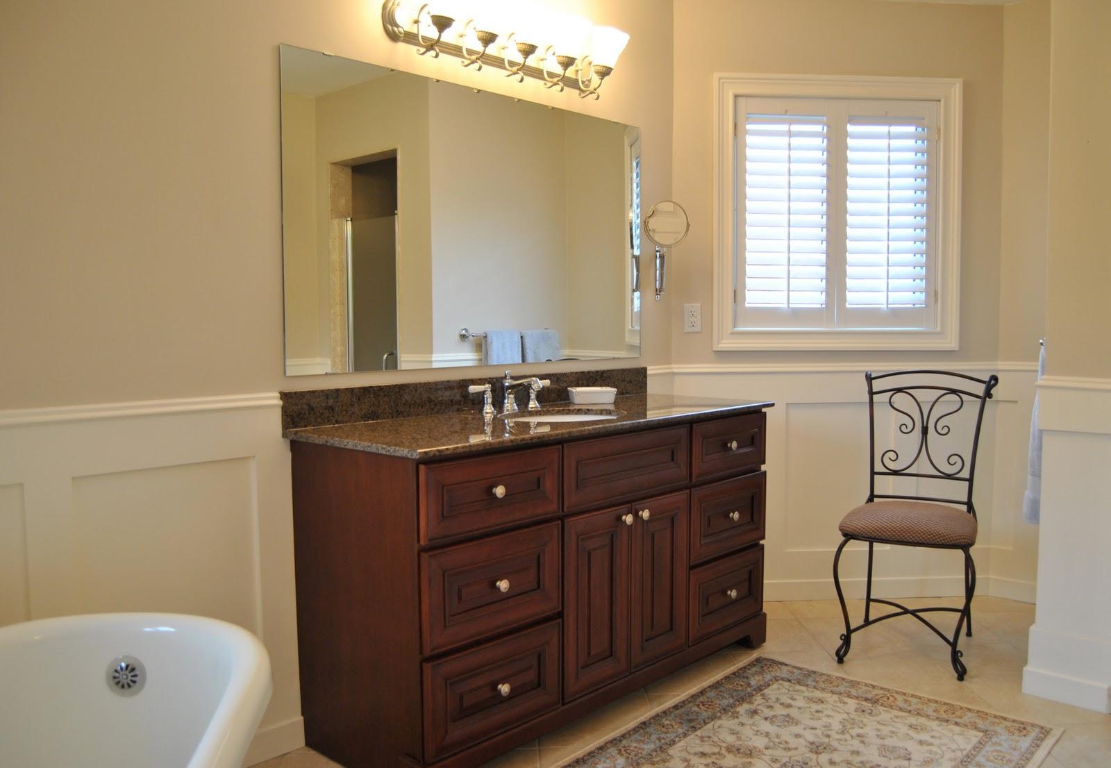 http://1.bp.blogspot.com/-GBLtq5pgFfs/TZC3FA79plI/AAAAAAAAAVM/wiQJ1SKdh90/s1600/Vanity+Chair+1.JPG