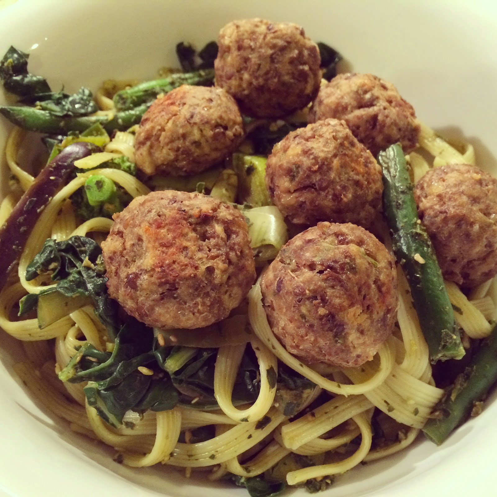 ... : Lentil 'meatballs' with pasta, greens and lemon pesto sauce
