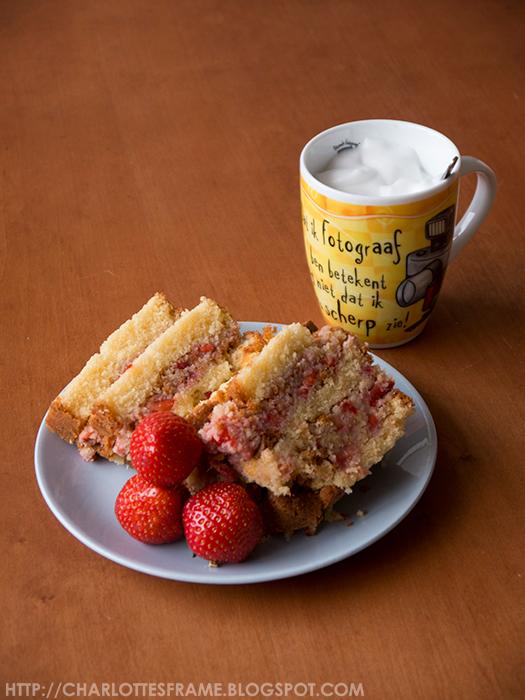 Strawberry Mud Cake, strawberry cake, strawberry, strawberries, how to make a cake, how to make a strawberrry mud cake