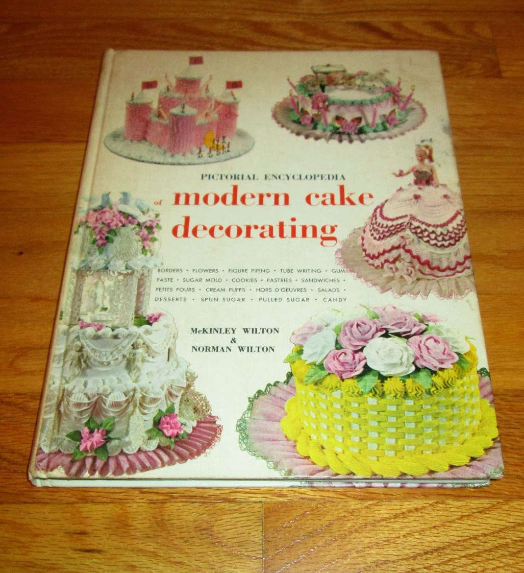 Cake Decorating Cookbook : Coco s Vintage (and Not So Vintage) Cookbook Collection: September 2013
