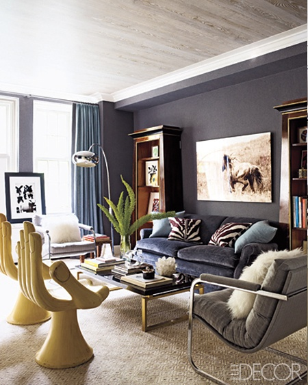 Decoraci n de salas de color azul c mo arreglar los muebles en una peque a sala de estar la - Very beautiful decorated living room black and grey ...