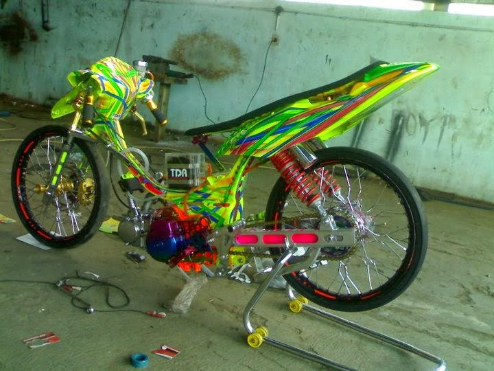 Drag racing motor