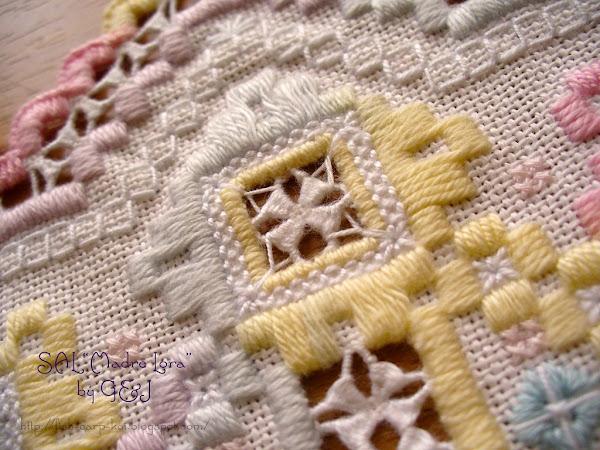 """SAL """"Madre Lora"""" - салфетка ручной работы в технике хардангер (вышивка счетной гладью)"""