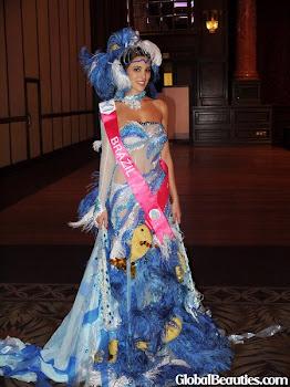 MARIANA ALBUQUERQUE esta na Malásia representando o Brasil no Miss Turismo Internacional