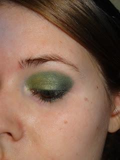 Skogsgrön, olivgrön, skimmergrön