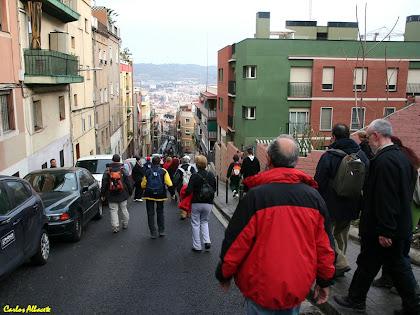 La baixada pel carrer de la Conca de Tremp des del carrer del Dr. Bové. Autor: Carlos Albacete