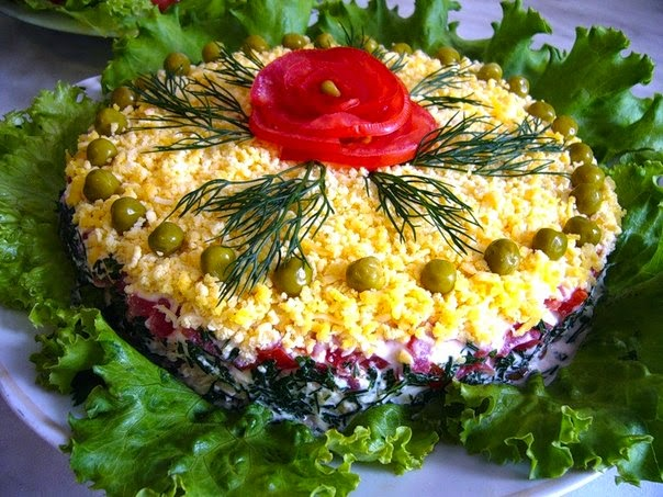 Как украсить не слоёный салат