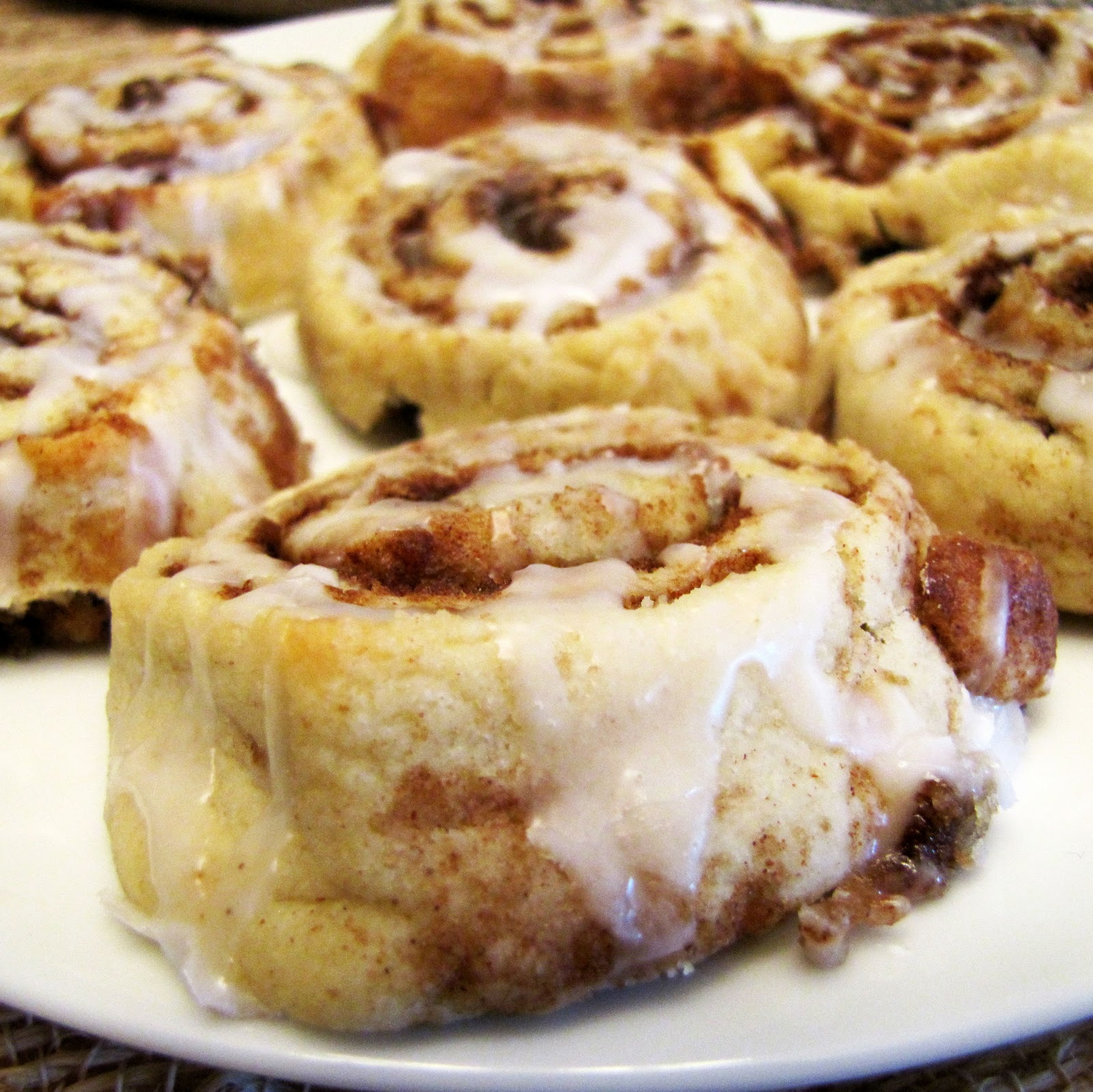 Rumbly in my Tumbly: Cinnamon Roll Cookies