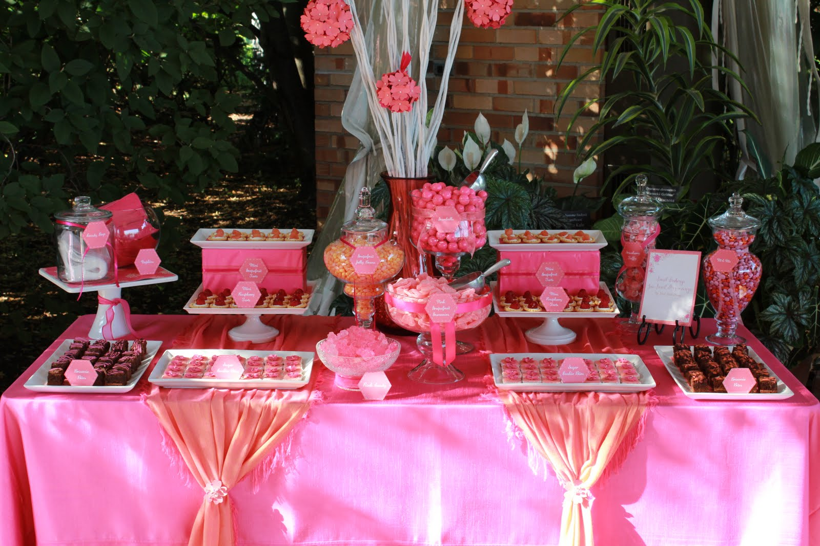 Chicago Botanic Garden Wedding Sweet Table