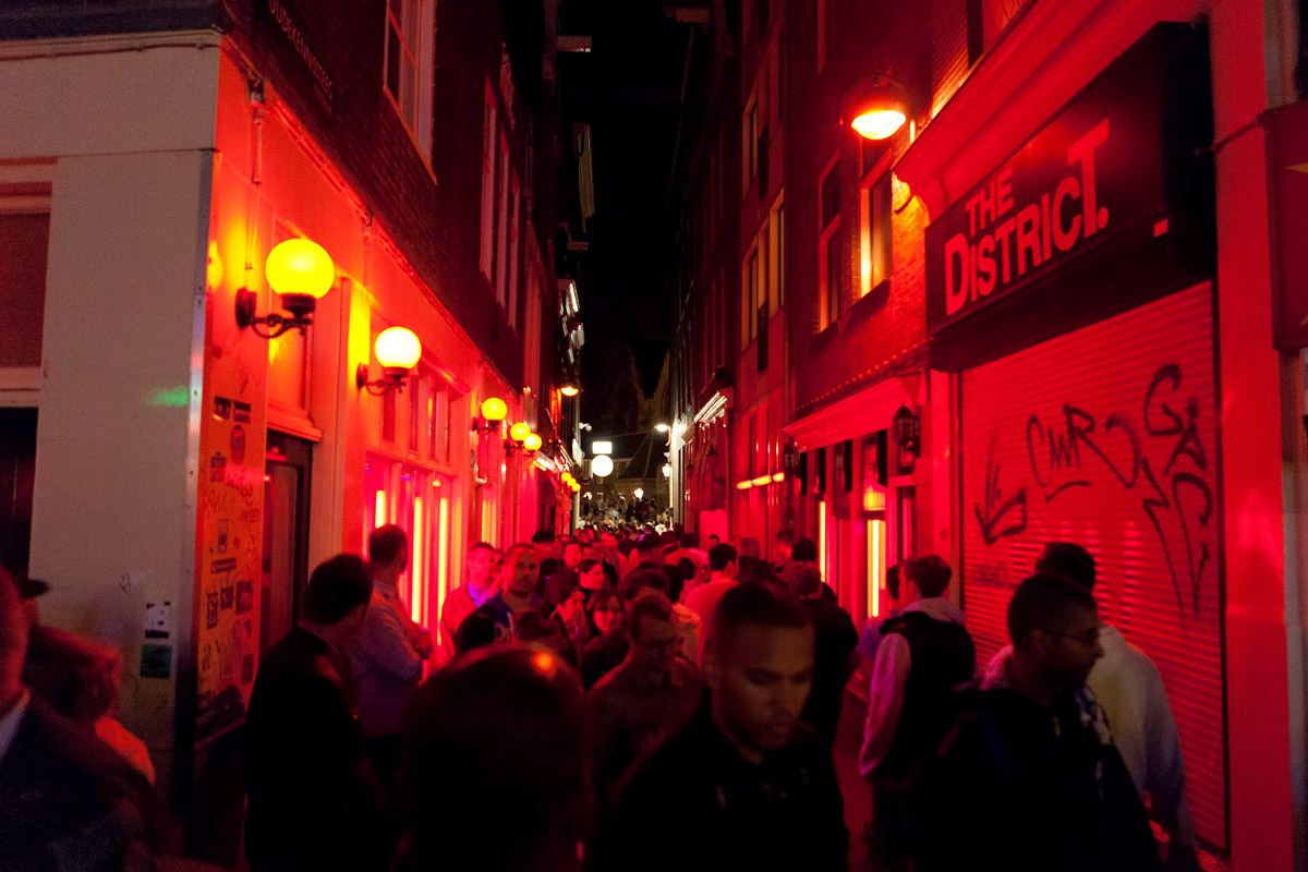 Photo Red Light District prostitution sex shops Oude Kerk city oldest church in Amsterdam